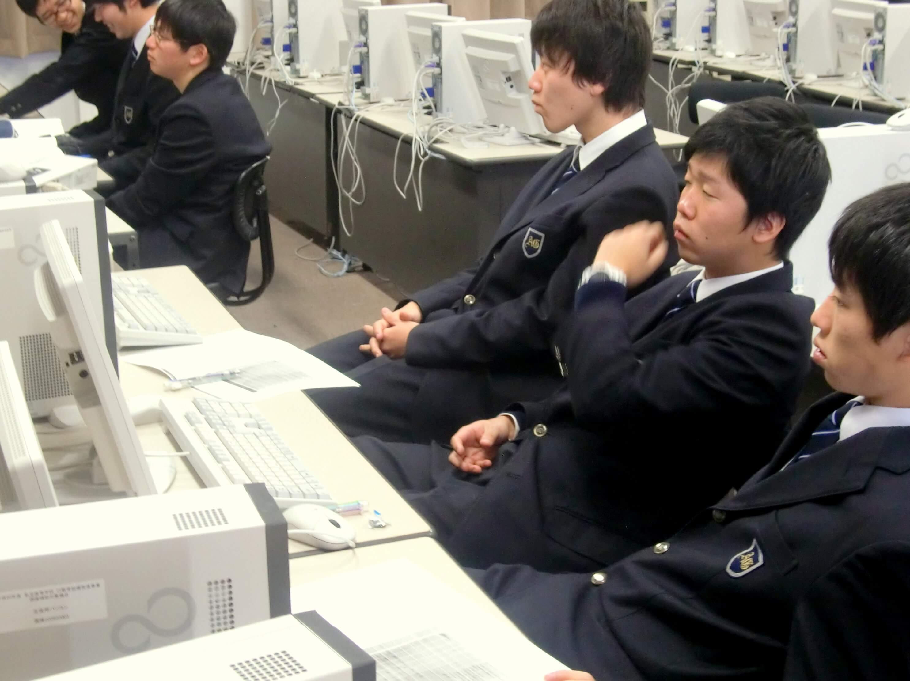 report_gakko_ashina13_05.jpg